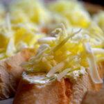 Бутерброды с чесноком и сыром 3