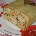 Блинный пирог с курицей и рисом