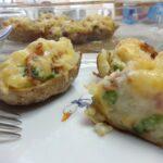Фаршированный картофель, запеченный в духовке