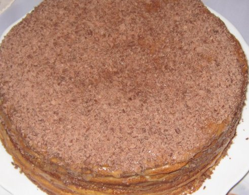 Быстрый торт на сгущенном молоке